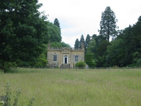 Ebberston Hall.   © Copyright Phil Catterall and   licensed for reuse under this Creative Commons Licence.