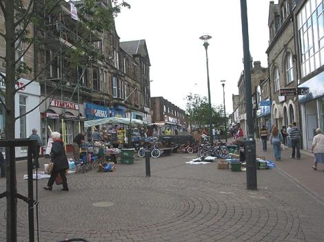Die Middle Street in Consett.    © Copyright Pauline E and licensed for reuse under this Creative Commons Licence.