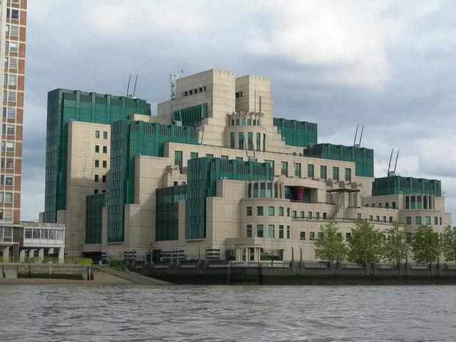 85 vauxhall cross london hauptquartier des britischen auslandsgeheimdienstes mi6 ingos. Black Bedroom Furniture Sets. Home Design Ideas