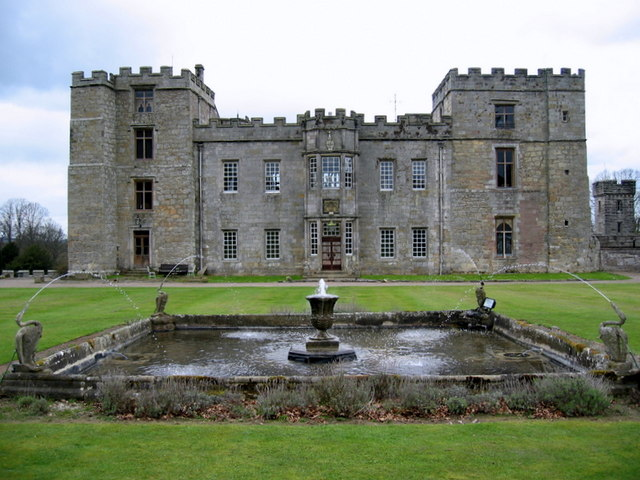 chillingham castle northumberland englands spukschloss. Black Bedroom Furniture Sets. Home Design Ideas
