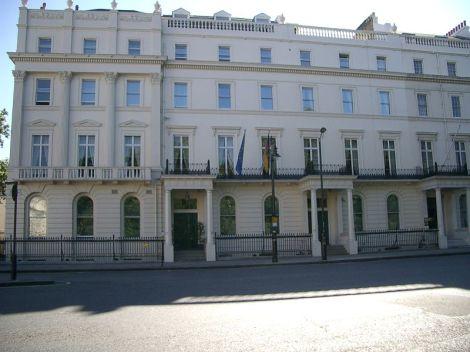 die deutsche botschaft in london am belgrave square eine noble adresse ingos england blog. Black Bedroom Furniture Sets. Home Design Ideas