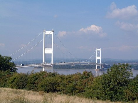 Die Severn Bridge. Sprang Edwards hier in seinen Tod?   © Copyright Barrie Jenkins