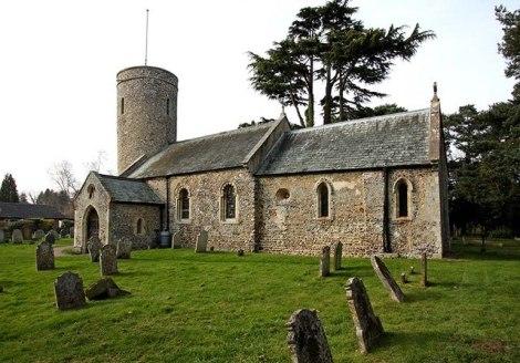St Andrew's in Framingham Earl, die letzte Ruhestätte von W.G. Sebald.  © Copyright John Salmon