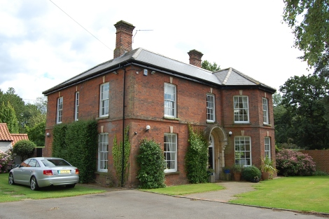 The Old Rectory in Poringland,Copyright: http://www.literarynorfolk.co.uk/