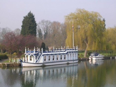 The Magdalen College Barge.   © Copyright Mark Percy