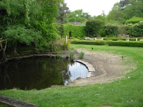 Der Park mit Ententeich. Eigenes Foto.
