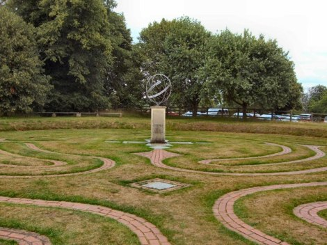Archbishop's Maze in Grey's Court.    © Copyright Paul Gillett