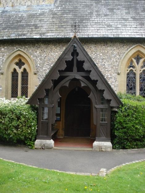 In dieser Kirche wurden fanden zwei Midsomer-Hochzeiten statt. Eigenes Foto.