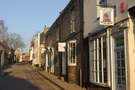 Die White Hart Street in Thetford.   © Copyright Stephen McKay
