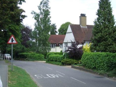 Hier in Chesham Bois in Buckinghamshire wurde Edmund Crispin geboren  (nicht in diesem Haus!).   © Copyright Malc McDonald