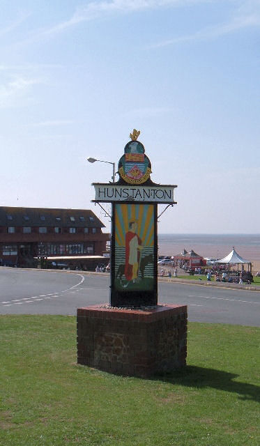 """Hunstanton Town and Around"" wird hier in Norfolk herausgegeben.    © Copyright Martin Pearman"