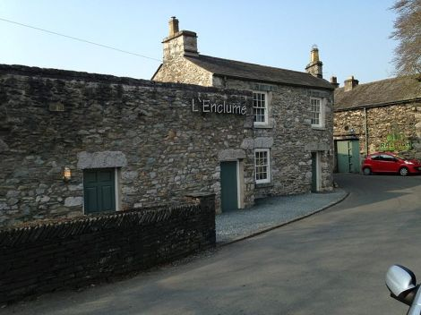 Top 1: L'Enclume in Cartmel (Cumbria). Author: TruffUK. This file is licensed under the Creative Commons Attribution-Share Alike 3.0 Unported license.