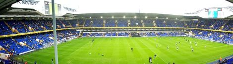 Das Stadion der Spurs an der White Hart Lane. release this work into the public domain.