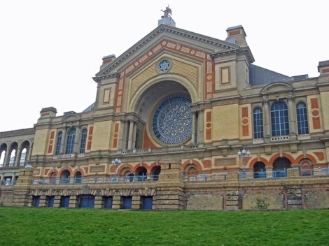 Erhält viel Geld vom HLF: Der Alexandra Palace in London.    © Copyright Fast Track images and   licensed for reuse under this Creative Commons Licence.