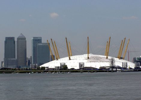 Der Millennium Dome, jetzt  This work has been released into the public domain by its author, Arpingstone