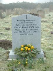 John Timpsons Grabstein auf dem Friedhof von Weasenham St Peter in Norfolk. Photo: Literary Norfolk.