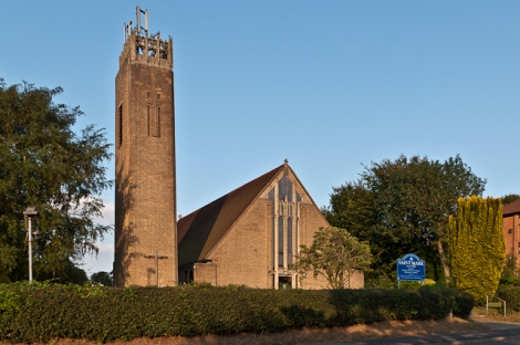 St Mark's in Biggin Hill.    © Copyright Ian Capper and   licensed for reuse under this Creative Commons Licence.