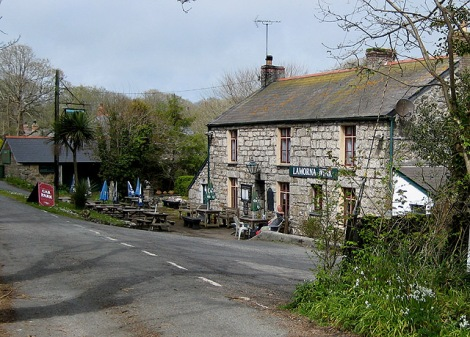 The Lamorna Wink in Lamorna (Cornwall).    © Copyright Pauline Eccles and   licensed for reuse under this Creative Commons Licence.