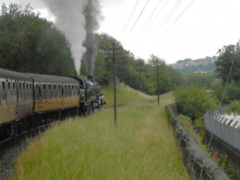 Die Museumsbahn Keighley & Worth Valley Railway.    © Copyright David Dixon and   licensed for reuse under this Creative Commons Licence.