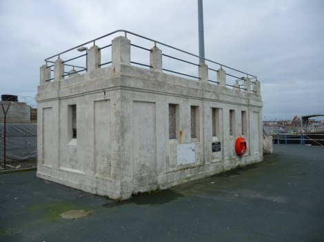 "Auch das waren einmal ""public conveniences"" in Weymouth (Dorset).    © Copyright Chris Talbot and   licensed for reuse under this Creative Commons Licence."