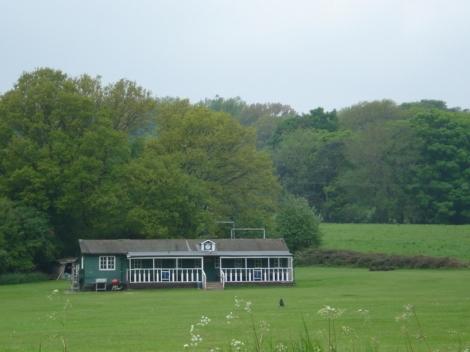 Der Pavillion des Stonor Cricket Clubs. Eigenes Foto.