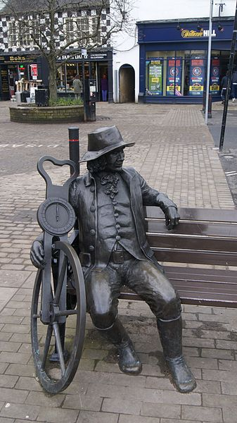 Blind Jack auf dem Marktplatz von Kanresborough (North Yorkshire). Author: Mtaylor848. This file is licensed under the Creative Commons Attribution-Share Alike 3.0 Unported license.