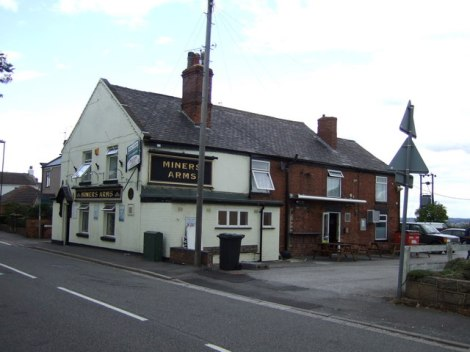 The Miner's Arms in Brimington Common.    © Copyright JThomas and   licensed for reuse under this Creative Commons Licence.
