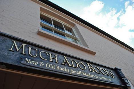 Eine der besten Buchhandlungen in ganz England. Attr.: Ian Usher. -NonCommercial-ShareAlike 2.0 Generic