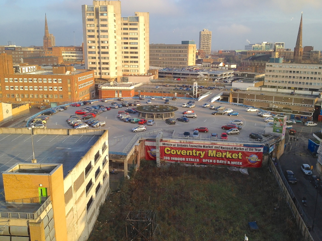 Ein Blick auf das heutige Coventry.   © Copyright Robin Stott and   licensed for reuse under this Creative Commons Licence.