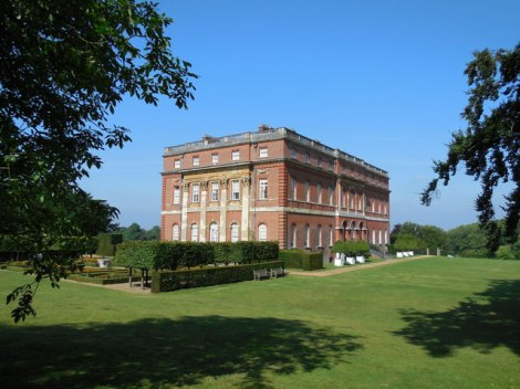 Clandon Park House in Surrey.    © Copyright Paul Gillett and   licensed for reuse under this Creative Commons Licence.