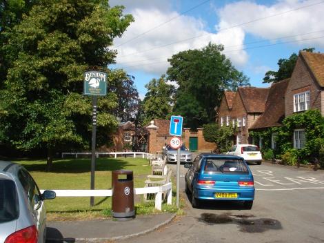 Hier in Denham wurden viele Szenen für die Miss Marple-Filme mit Margaret Rutherford gedreht. Eigenes Foto.