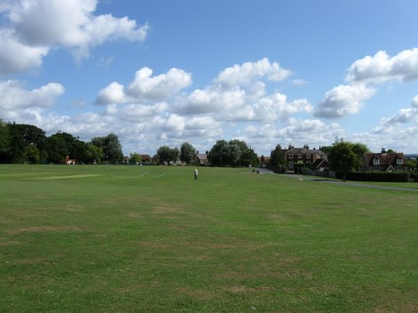 Das Village Green in Ringmer.    © Copyright Simon Carey and   licensed for reuse under this Creative Commons Licence.