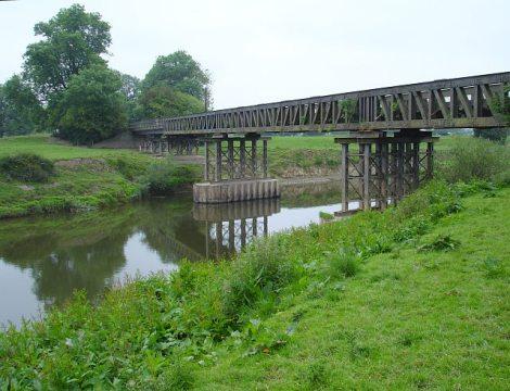 Die Brücke über den Severn, die der Potts Line immer wieder Probleme bescherte.   © Copyright Penny Mayes and   licensed for reuse under this Creative Commons Licence.