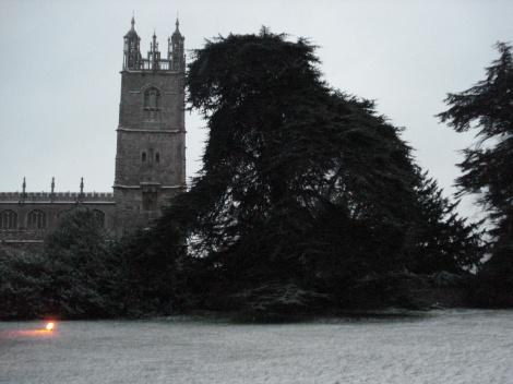 Der Turm von St Mary's vom Geländes des Thornbury Castle Hotels aus gesehen. Eigenes Foto.