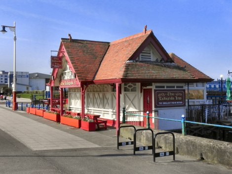 The Lakeside Inn in Southport (Merseyside).    © Copyright David Dixon and   licensed for reuse under this Creative Commons Licence.