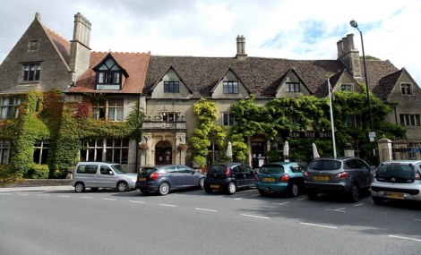 Der Tagungsort in Malmesbury: The Old Bell Hotel. Ich habe hier leider noch nicht gewohnt, aber das Haus macht optisch einen guten Eindruck.    © Copyright Jaggery and   licensed for reuse under this Creative Commons Licence.