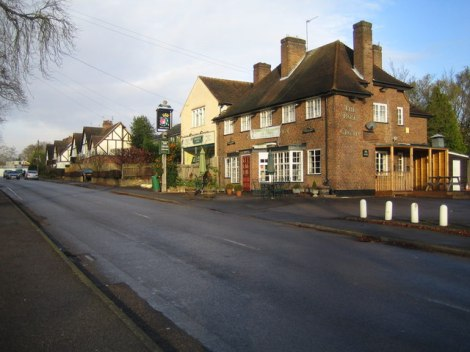 Stoke Poges (Buckinghamshire) im Stoke Hundred.    © Copyright Nigel Cox and   licensed for reuse under this Creative Commons Licence.