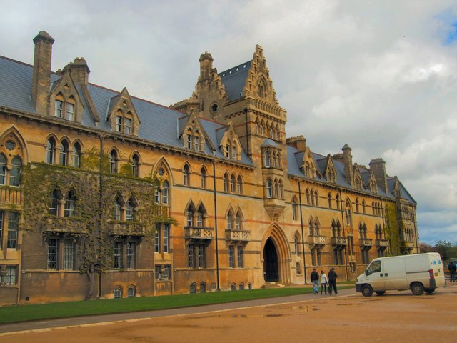 Christ Church College.   © Copyright Paul Gillett and   licensed for reuse under this Creative Commons Licence.