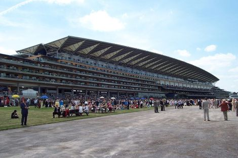 The Royal Enclosure in Ascot. Author: troxx. This file is licensed under the Creative Commons Attribution-Share Alike 3.0 Unported license.