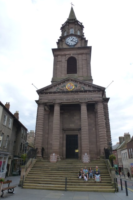 Berwick Town Hall.    © Copyright DS Pugh and   licensed for reuse under this Creative Commons Licence.
