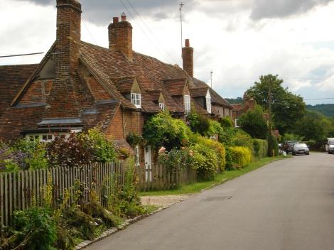 "Turville (Buckinghamshire); Drehort der Serie ""Partners in Crime"". Hier wohnen Tommy & Tuppence. Eigenes Foto."