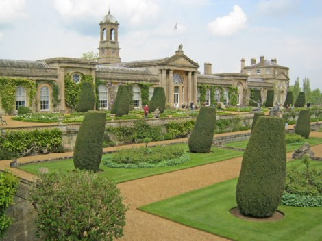 Bowood House.   © Copyright Trevor Rickard and licensed for reuse under this Creative Commons Licence.