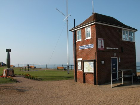Das winzige Mundesley Maritime Museu, in dem man sich auch über die Minensucharbeiten informieren kann.   © Copyright Philip Halling and licensed for reuse under this Creative Commons Licence.