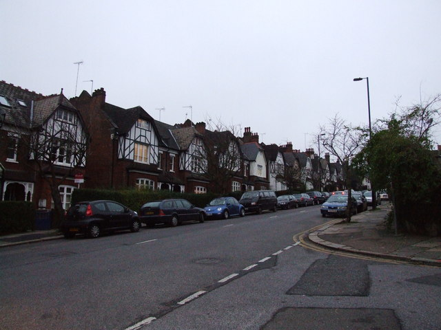 Cranley Gardens in Muswell Hill.  © Copyright Chris Whippet and licensed for reuse under this Creative Commons Licence.