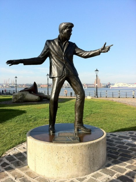 Billys Statue in Liverpool.   © Copyright Andrew Abbott and licensed for reuse under this Creative Commons Licence.