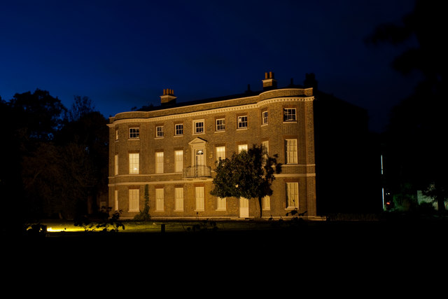 Valentines Mansion in Essex. Von hier stammt der Setzling des Great Vines.  © Copyright Ian Cranston and licensed for reuse under this Creative Commons Licence.