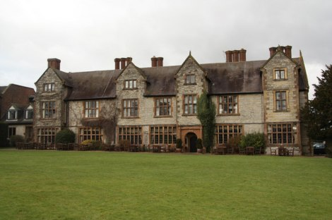 Das Billesley Manor Hotel.   © Copyright Richard Croft and licensed for reuse under this Creative Commons Licence.