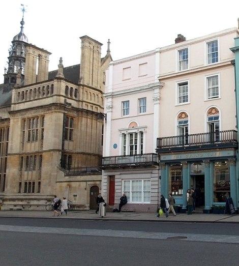 Die Geburtsstätte der Marmelade: Oxford High Street 83/84. Links ist die blaue Plakette zu erkennen.  © Copyright Jaggery and licensed for reuse under this Creative Commons Licence.