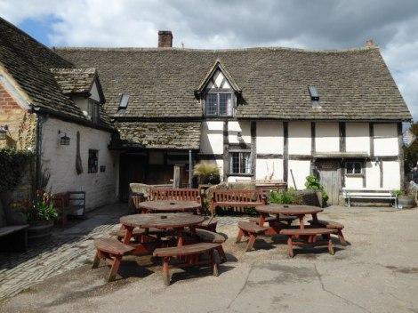 The Fleece Inn in Bretforton (Worcestershire), wo viele Veranstaltungen rund um den Spargel stattfinden.  © Copyright Chris Allen and licensed for reuse under this Creative Commons Licence.