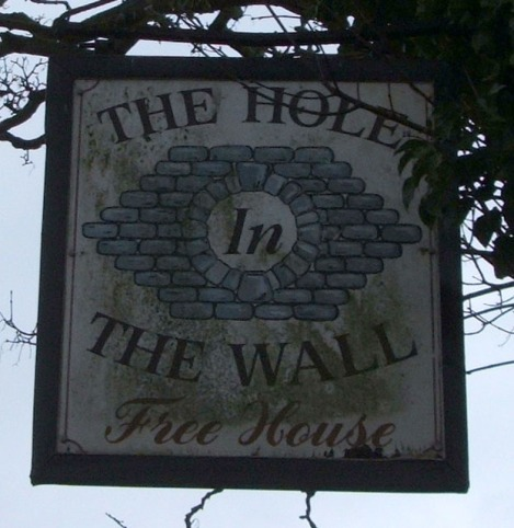 The Hole in the Wall in Little Wilbraham (Cambridgeshire).   © Copyright JThomas and licensed for reuse under this Creative Commons Licence.